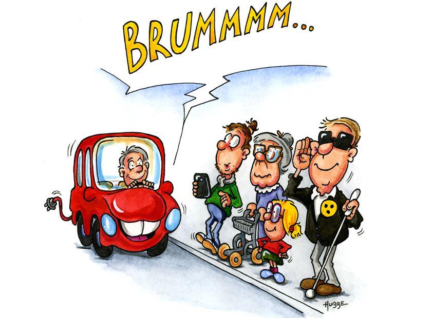E-Fahrzeug macht Brumm, am Bürgersteigrand Kind, Mann mit Handy, Frau mit Rollator, Blinder